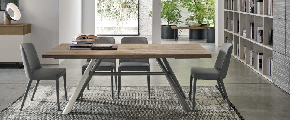 tavolo-tudor-3840x1590